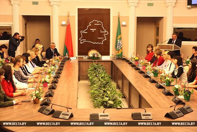 Руководство Гомельской области провело торжественный прием в честь Дня женщин
