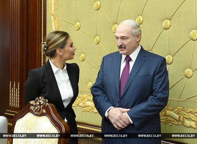 Лукашенко провел встречу с Кабаевой во Дворце Независимости