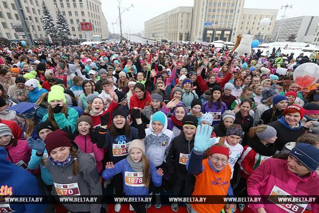 Более 3 тыс. женщин приняли участие в забеге Beauty Run в Минске
