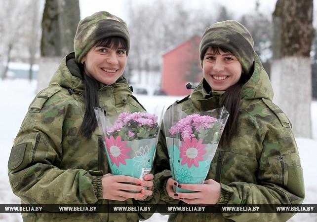 Сестры-близнецы из Витебска стали десантниками