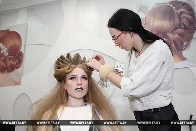 Лучшие парикмахеры Могилевской области соревновались в конкурсе профмастерства