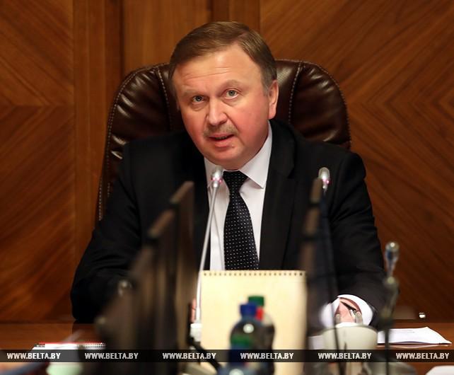 Кобяков поручил своевременно подготовить технику к весенним полевым работам