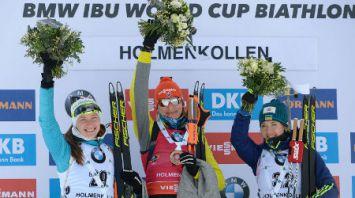 Дарья Домрачева заняла второе место в спринте на этапе КМ по биатлону в Холменколлене