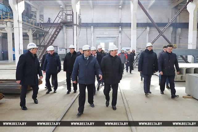 Кобяков посетил Ганцевичский завод крупнопанельного домостроения