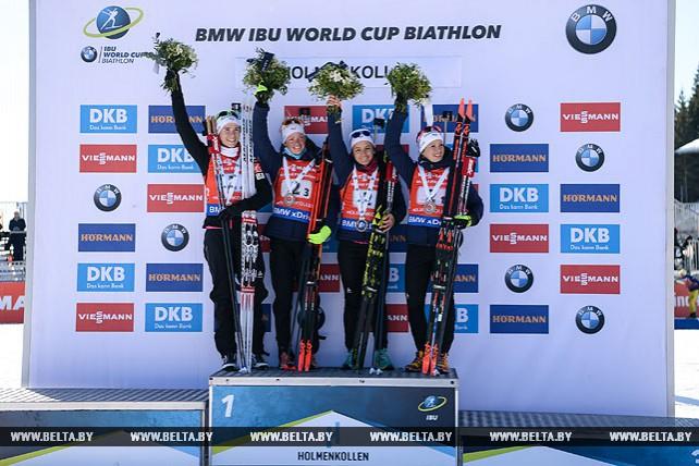 Биатлонистки Франции победили в эстафете на восьмом этапе КМ в Холменколлене