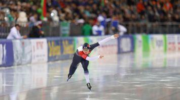Первые медали разыграли на финальном этапе Кубка мира по конькобежному спорту в Минске