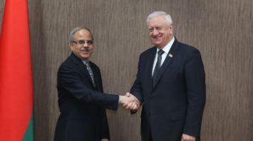 Мясникович встретился с послом Индии