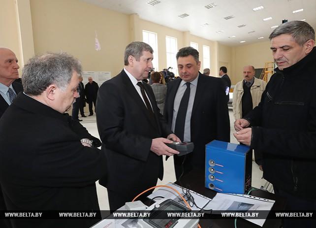 Михаил Русый и первый вице-премьер - министр экономики и устойчивого развития Грузии посетили сборочное производство лифтов в Тбилиси