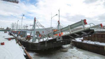На Пинском судостроительном заводе спустили на воду паром, который свяжет Житковичи и Туров