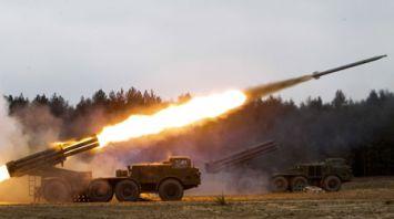 Подразделения ракетных войск и артиллерии проводят плановые занятия на Обуз-Лесновском полигоне