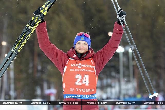 Россиянин Максим Цветков победил в масс-старте на этапе КМ в Тюмени