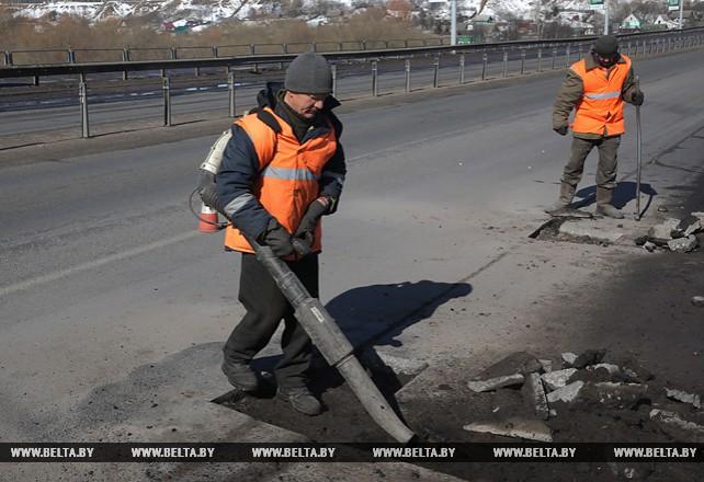 В Могилеве большую часть ямочного ремонта дорог выполнят в апреле-мае