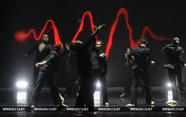 """Танцевальный спектакль """"Близость"""" прошел на театральном форуме """"М@rt.контакт"""""""