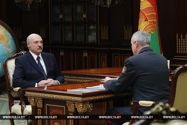 Александр Лукашенко провел рабочую встречу с министром внутренних дел Игорем Шуневичем