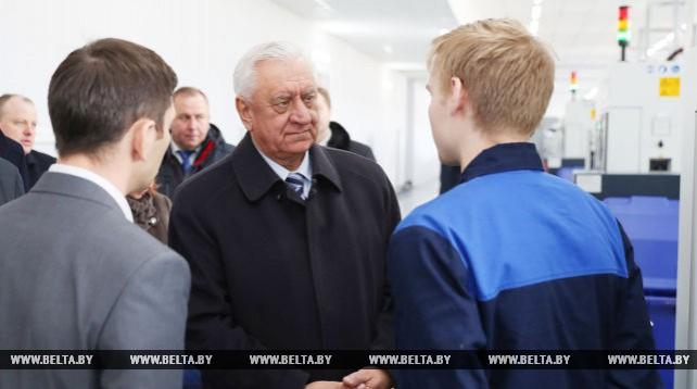 Мясникович посетил Минский механический завод имени С.И. Вавилова
