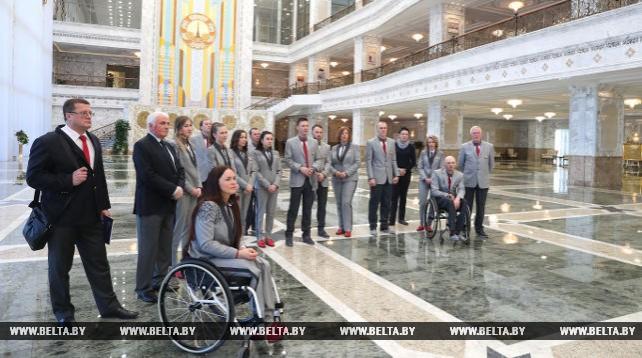 Во Дворце Независимости прошла экскурсия для участников зимних Олимпийских и Паралимпийских игр