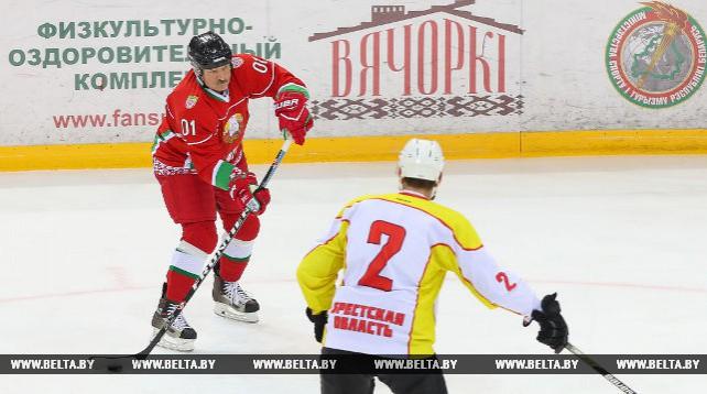 Хоккейная команда Президента Беларуси победила в полуфинале XI Республиканского любительского турнира