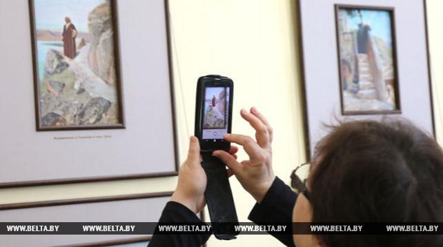 """Выставка """"Картины из жизни Христа"""" открылась в Витебске"""