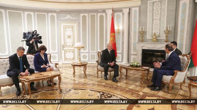Лукашенко встретился с министром по делам дворца Президента Сирии