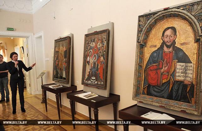 """Выставка """"Воскресение Христово видевше..."""" открылась в Гомеле"""