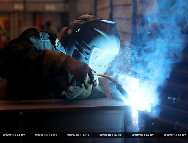Новополоцкий завод металлоконструкций с начала года создал более 60 рабочих мест