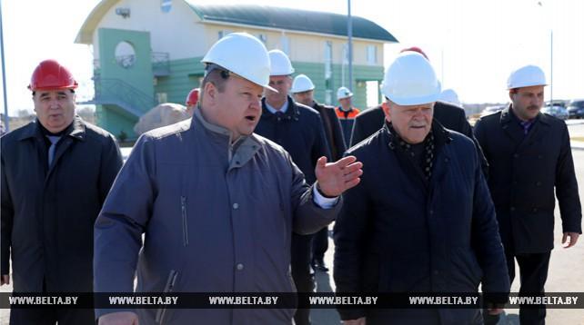 Анфимов ознакомился с работой Полоцкой ГЭС