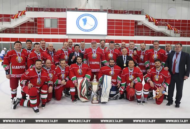 Хоккейная команда Президента Беларуси в девятый раз выиграла Республиканский любительский турнир