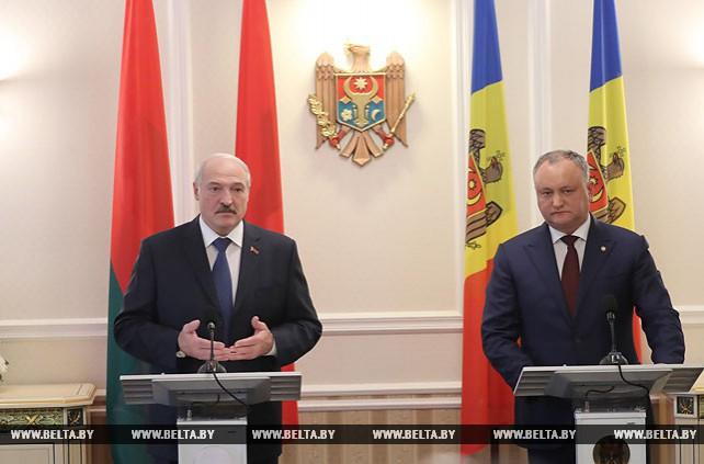 Лукашенко: Молдова должна сама выбирать, с какими странами ей сотрудничать
