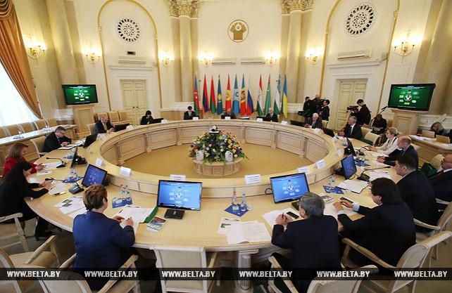 Заседание Информсовета СНГ проходит в Минске