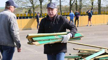 Михаил Орда принял участие в республиканском субботнике в городе Дятлово Гродненской области