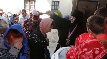 Православные верующие отметили День памяти жен-мироносиц