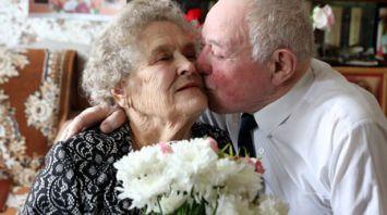 65 лет совместной жизни празднуют витебчане Дмитришины