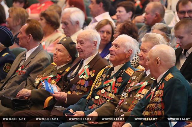 Торжественное собрание в честь Дня Победы прошло во Дворце Республики