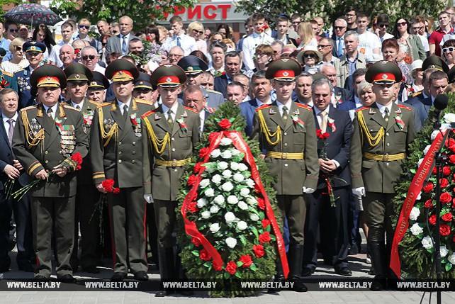 Торжественный митинг прошел на Аллее Героев в Гомеле