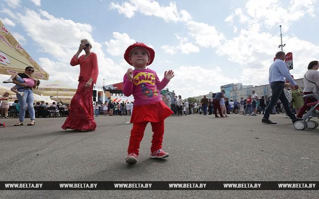 Минчане празднуют День Победы