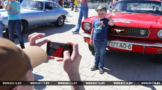 Ретроавтомобили из 8 стран собрал фестиваль в Минске