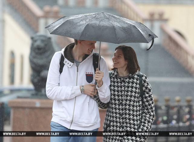 Первый весенний дождь прошел в Витебске