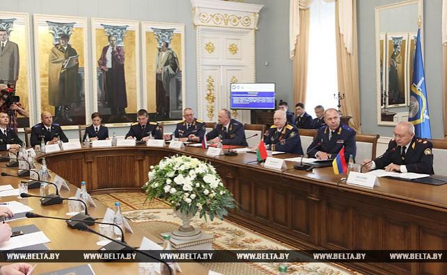 Заседание коллегий следственных комитетов Беларуси, Армении и России проходит в Гомеле