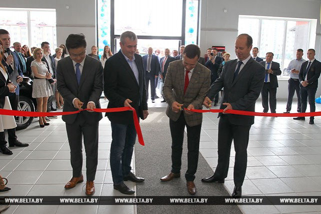 Дилерский центр Geely открылся в Бресте