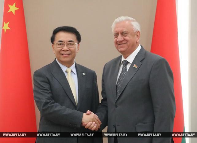 Мясникович встретился с главой Китайской академии наук