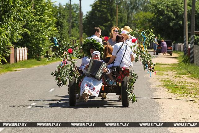 Хмелевские Семухи отпраздновали в Жабинковском районе