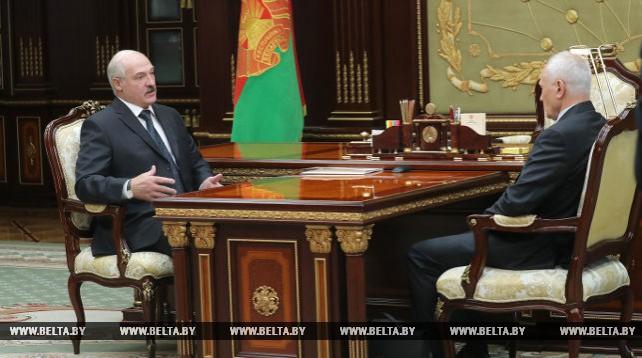 Лукашенко обсудил с Рапотой подготовку к ВГС
