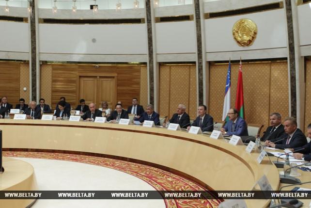 Круглый стол с участием деловых кругов Беларуси и Узбекистана