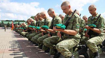 В Брестской крепости 574 новобранца приняли военную присягу