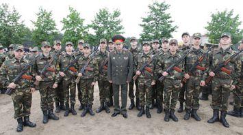 Более 1,5 тыс. солдат-срочников ВС приняли военную присягу в 72-м ОУЦ
