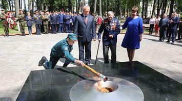 В Россонах после реконструкции открыли мемориал жертвам фашистской агрессии