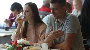 КГК отмечает позитивные изменения в организации питания студентов