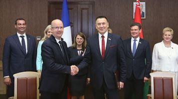 Парламентарии Беларуси и Франции подписали совместное заявление