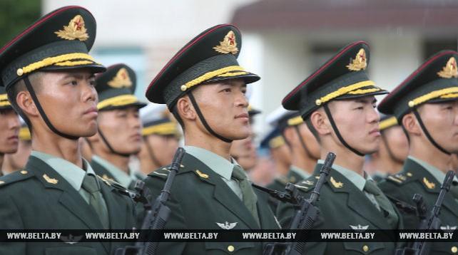 Отряд почетного караула Китая примет участие в параде войск в Минске