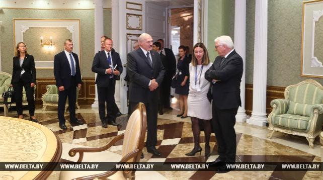 Штайнмайер надеется, что Россия и Украина будут продолжать придерживаться минских договоренностей